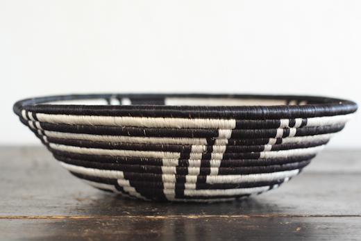 ルワンダ バスケット Umuraza -千の丘-